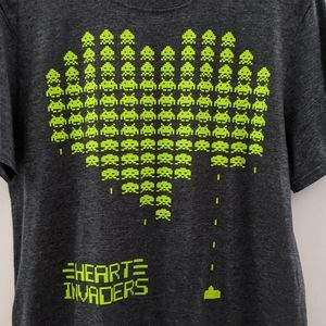 NWOT Space Invaders Game Heart Invaders Tshirt